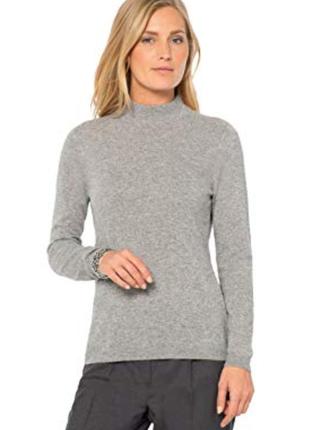 Шикарный из тонкой мягусенькой шерсти свитерок с высоким горлышком бренд  next