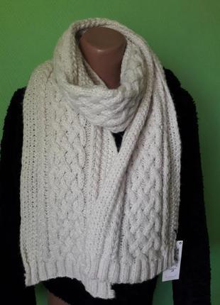 Теплый мягкий вязаный шарф