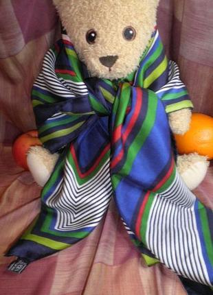 Яркий стильный платок из саржевого плотного шелка 86х86см шов роуль италия качество