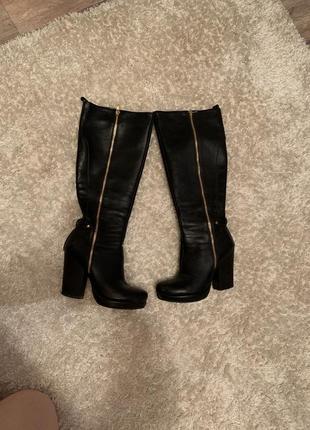 Осенние - зимние сапоги на каблуке высокие до колена1 фото