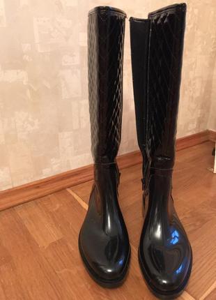 Модные стильные резиновые сапоги inblu удобные на нашу погоду 39 размер5