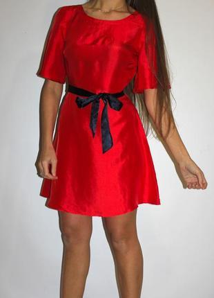 Яркое шелковое платье  —  (шёлк 100%)