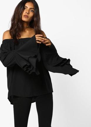 Блуза на плечики с красивыми рукавами influence