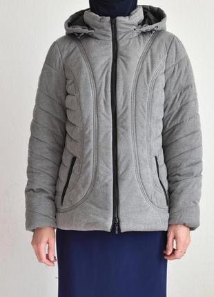 Шикарная фирменная куртка с германии.