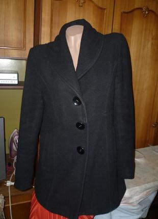 Удобное полупальто(куртка-пальто),весна-осень,винтаж,как кашемировое,приталеное