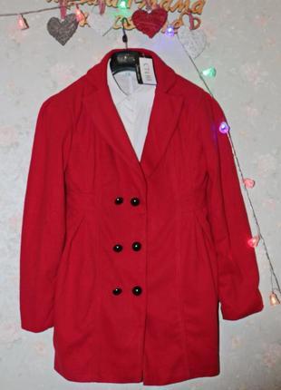 Шикарное новое красное пальто, must have этой весны