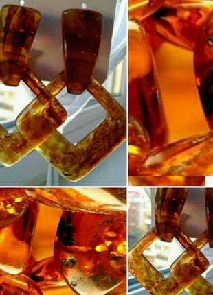 Янтарные серьги треугольник1 фото