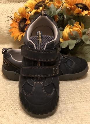 Фирменные туфли с динозаврами от clarks - англия кожа