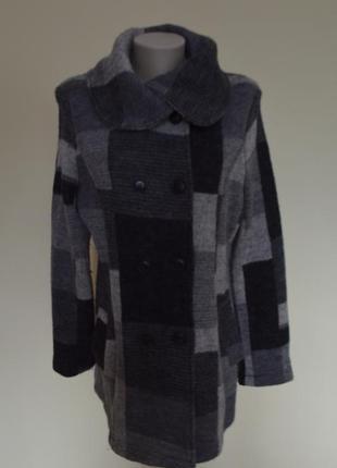 Супер шикарное брендовое шерстяное пальто трикотаж в клетку