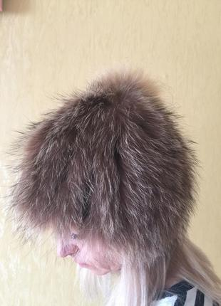 Меховая шапка вязаный енот.