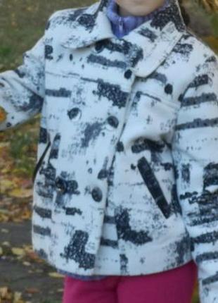 Пальто детское на девочку бело черное
