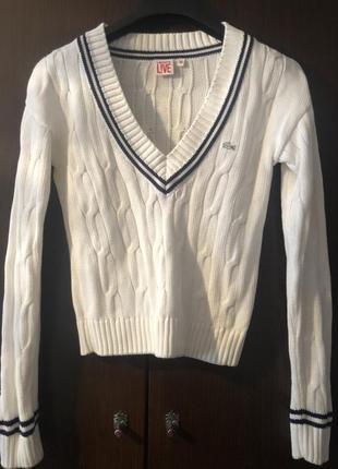 Очень красивый свитер оригинал