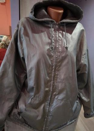 Супер стильная двухсторония куртка бомбер,водоотталкивающие  ткань