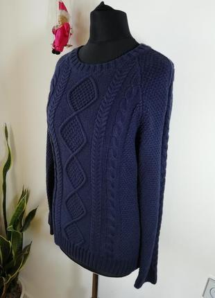 Замечательный свитер musto