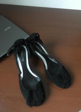 Туфли из натуральной замши mascotte