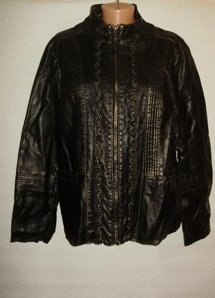 Красивая куртка с золотистым напылением/кожзам/16-18/50-52 размера