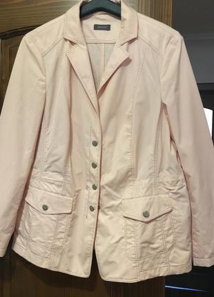 Весенний пиджак basler 40