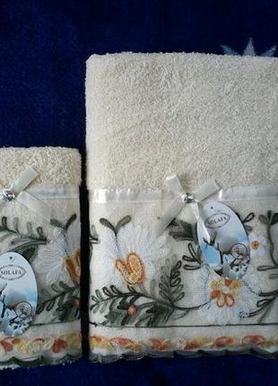 Комплект набор полотенец махра баня  лицо вышивка кружево подарочный