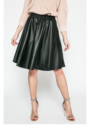 Стильная кожаная (кожзам) юбка клеш бренда  noisy may, xs