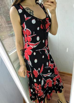 Фактурное чёрное платье с цветами от marks & spencer/100% вискоза