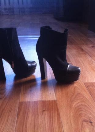 Осінні жіночі черевики