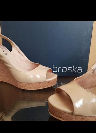 Босоножки-туфли braska бежевые кожа