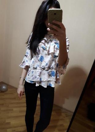 Стильная воздушная блуза блузка asos с воланами в цветы
