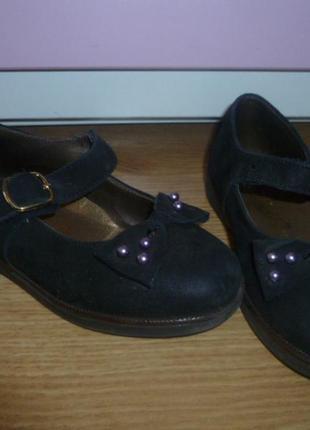 Шикарные итальянские  туфли для маленькой леди