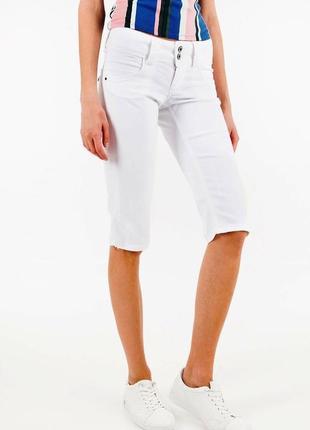38р. белые джинсовые капри-бриджи tommy hilfiger milan slim fit