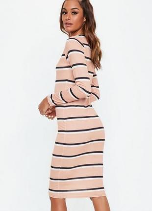 Платье бежевое в полоску от missguided