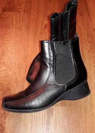 Женские демисезонные полусапожки, ботинки из натуральной кожи clarks
