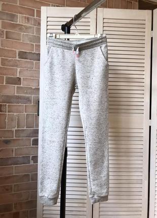 Спортивные штаны утеплённые на девочку 152 см 11-12 лет