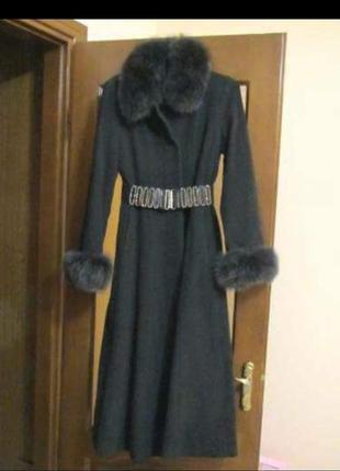 Женское пальто с мехом песец. шерсть