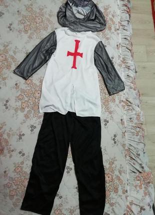 Карнавальный новогодний костюм рыцаря,мушкитера на 7-10лет