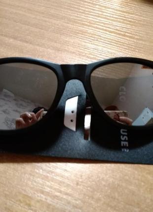 Очки солнцезащитные женские, новые, фирма c&a