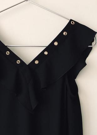 Новая черная блузка с оборками и декольте на шнуровке asos lipsy london маленький размер10 фото