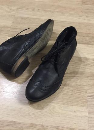 Ботинки кожаные bullboxer 41 размер