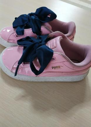 Крутые детские лаковые кроссовки от puma