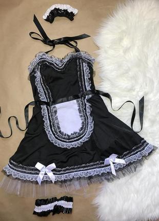 Соблазнительный костюм горничной с подвязками для чулок от бренда ann summers размер s