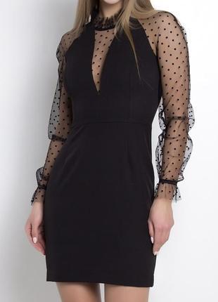 Чёрное платье с сеточкой в горох