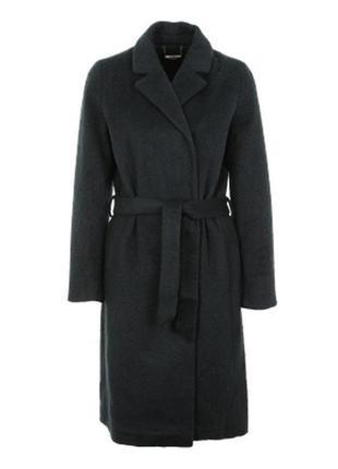 Красивое ворсистое пальто длины миди с поясом eksept