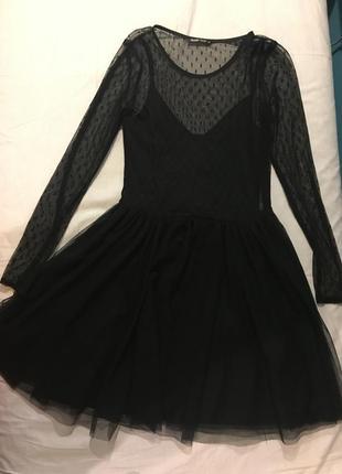 Нарядное черное платье с сетчатым верхом