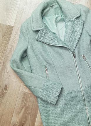 Шикарное бледно-бирюзовое мятное пальто косуха