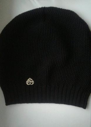 Брендовая шапка оригинал!!