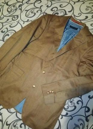 Крутой весенний брендовый пиджак оригинал 55%шелк 45% шерсть вержини