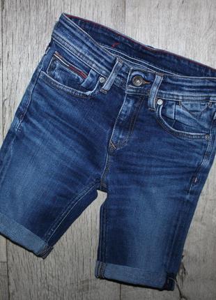 Шорты бриджи джинсовые tommy hilfiger 8 лет, рост 128 см.