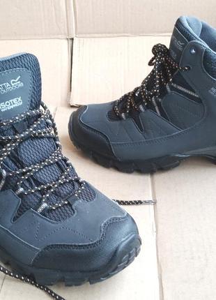 Трекинговые водонепроницаемые ботинки новые кроссовки regatta на мембране iso tex
