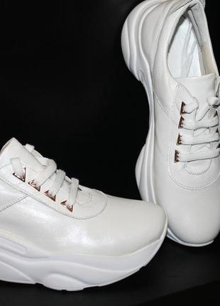 Белые кроссовки, кожа натуральная, 36-41р2 фото