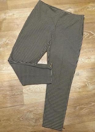 Актуальные стильные зауженные брюки р.14/евро42/укр48-50