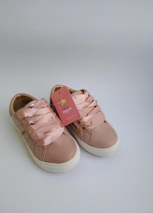 Крутые кроссовки фирмы том.м  для девочек.7